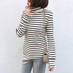 A7 SEVEN - Striped Turtleneck Long-Sleeve T-Shirt