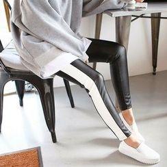 Seoul Fashion - Faux-Leather Brushed-Fleece Lined Leggings