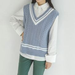 JUSTONE - V-Neck Sleeveless Cable-Knit Top