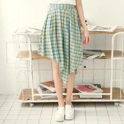 Tokyo Fashion - Diagonal-Hem Plaid Pleated Skirt