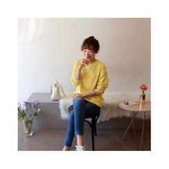 LEELIN - Heart Appliqué Sweatshirt