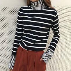 RASA - Striped High Neck Long-Sleeve T-Shirt