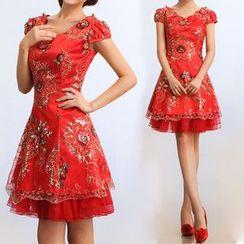 Bridal Workshop - 缀饰盖袖A字礼服裙