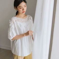 JUSTONE - Lace-Yoke Puff-Sleeve Top