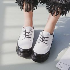 Charming Kicks - 仿漆皮粗跟牛津鞋