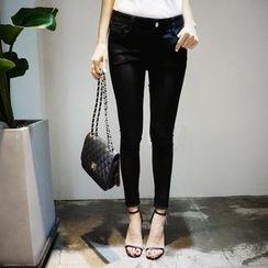 DISCOSALON - Flat-Front Skinny Pants