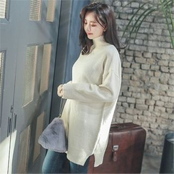Styleberry - Turtle-Neck Slit-Hem Long Sweater