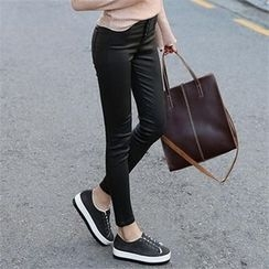 CHICFOX - Button-Front Coated Skinny Pants