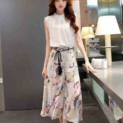 Lavogo - Set: Sleeveless Stand Collar Blouse + Cropped Printed Wide Leg Pants
