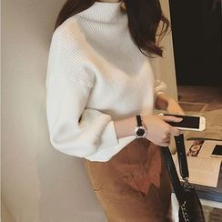 Poppy Love - Plain Mock Neck 3/4 Sleeve Sweater