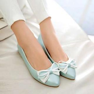 Pangmama - Bow-Accent Pointy-Toe Flats