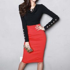 Aurora - Set: Long-Sleeve Buttoned Cropped Top + Plain Pencil-Cut Skirt