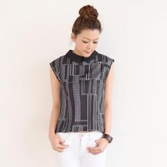 SO Central - Slit-Back Pattern Sleeveless Blouse