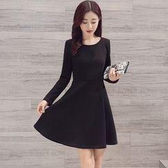 Alisha - Long-Sleeve A-Line Dress
