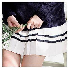 Sechuna - Contrast-Trim Accordion-Pleat Mini Skirt