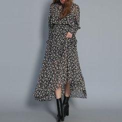 Jolly Club - Long-Sleeve Floral Chiffon Dress