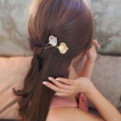 MOORE - Faux Pearl Hair Pin