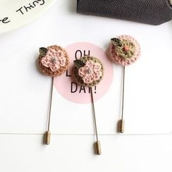 Hush Hush - Flower Knit Brooch