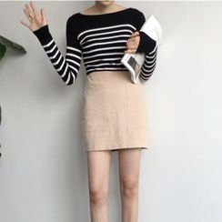 VeryBerry - Striped Knit Top