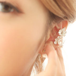 kitsch island - Crystal Ear Cuff