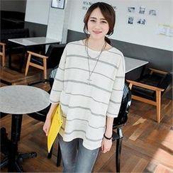 JOAMOM - 3/4-Sleeve Striped T-Shirt