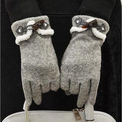 Scarflet - Fleece-Trim Toggle Gloves