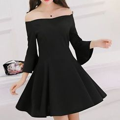 Q.C.T - Off-shoulder Bell-Sleeve Dress