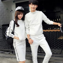 Evolu Fashion - Lettering Couple Matching Zip Jacket
