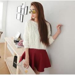 Hanako Shiratori - Set: Cable Knit Sweater + A-Line Skirt