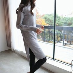 Hello sweety - Mock-Neck Slit-Hem Knit Dress