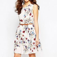 Richcoco - Floral Print Sleeveless Dress