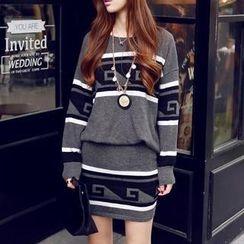 Sisi Fashion - Set: Oversized Knit Top + Knit Skirt