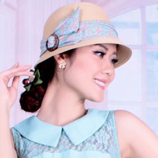 Momiton - Bow-Accent Straw Bowler Hat