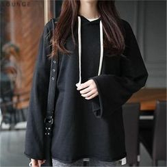 CHICFOX - Lettering Hooded T-Shirt