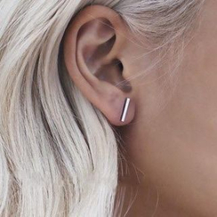 HEDGY - Bar Stud Earrings