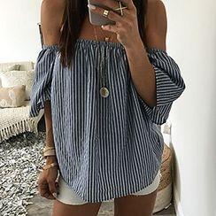 Hanni - Off-Shoulder Striped Top