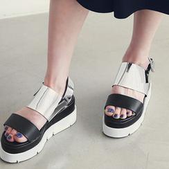 NANING9 - Metallic Strap Platform Sandals