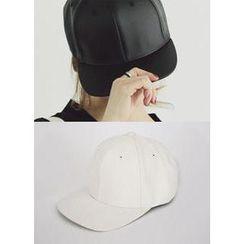 COII - 仿皮鴨舌帽