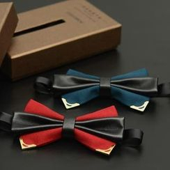 Romguest - PU-Panel Bow Tie