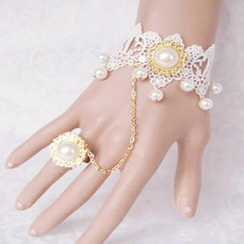 Fit-to-Kill - Lace Gothic Pearls Bracelet & Ring Set