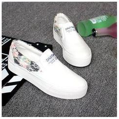 EUNICE - Lace-Trim Floral Platform Slip-Ons