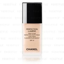 Chanel - Perfection Lumiere Long-Wear Flawless Fluid Makeup SPF 10 (#12 Beige Rose)