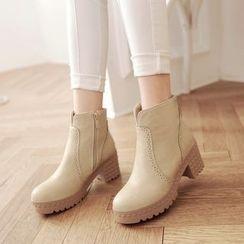 Pretty in Boots - Block Heel Short Boots