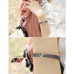 soo n soo - Smile Charm Genuine-Leather Bracelet