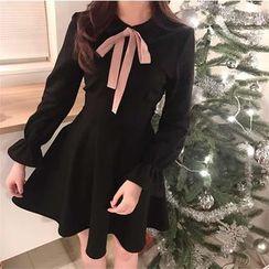 Bloombloom - Bow Long-Sleeve Dress