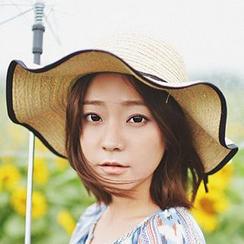 卿本佳人 - 蝴蝶结草帽