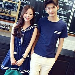 Tabula Rasa - Couple Matching Short-Sleeve Pocketed T-Shirt / Short-Sleeve Sailor Collar Dress