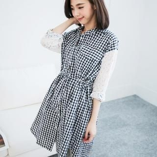 LULUS - Lace-Sleeve Plaid Long Blouse