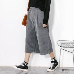 Shiga - Corduroy Wide Leg Cropped Pants