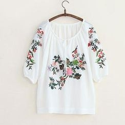 11.STREET - Elbow-Sleeve Embroidered Top